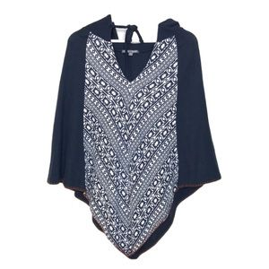 Threads For Thought Geometric Printed Cape Size S